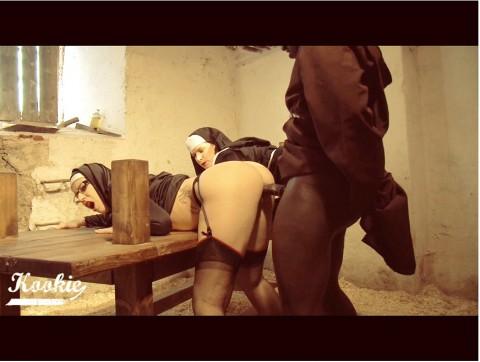 Nonnen und Priester Sex