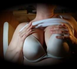 Bustrege, reife Pornofilme